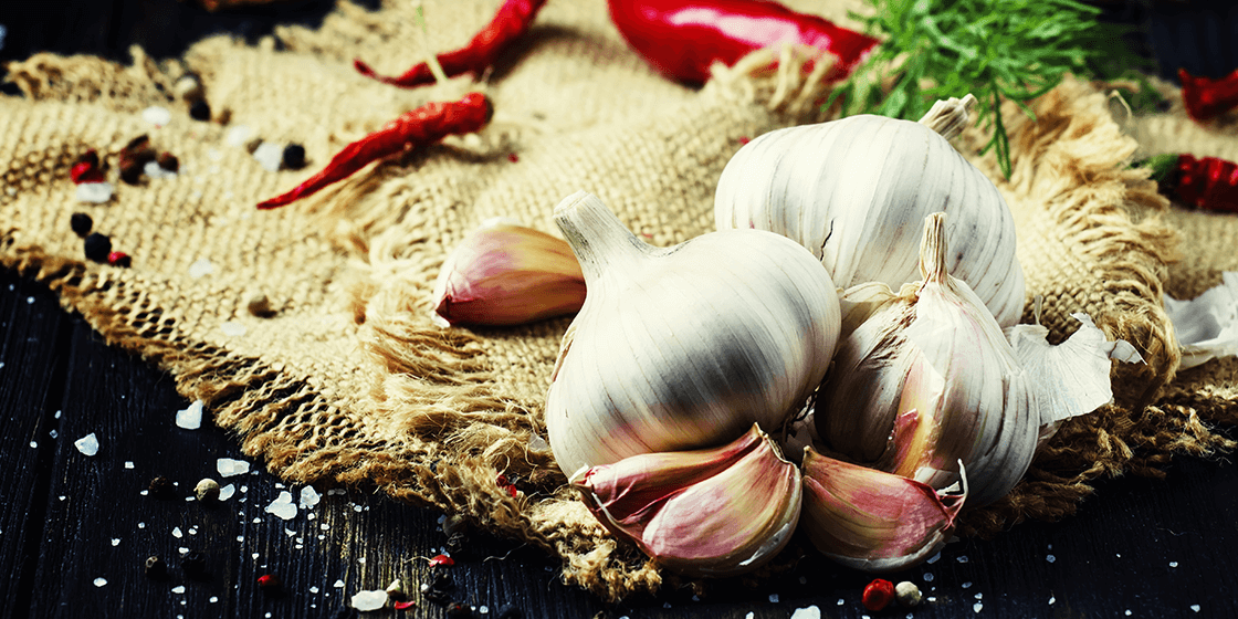 garlic cloves to ease back pain
